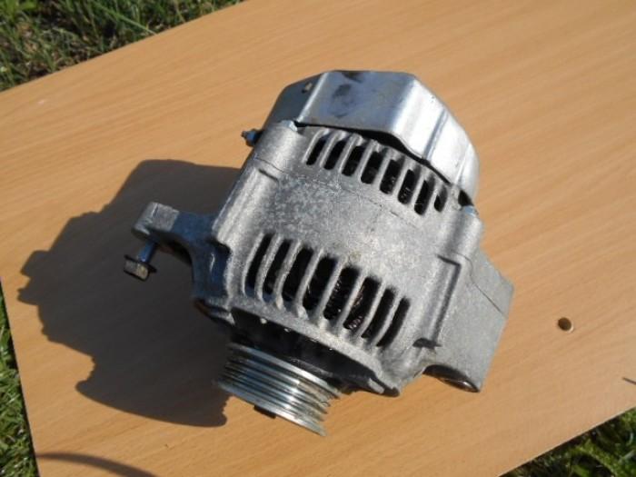 SUZUKI SWIFT III. 1,3 4x4 69KW RV.2008