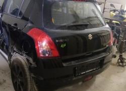 Rozpredám Suzuki Swift 1,3 4wd 2005-10