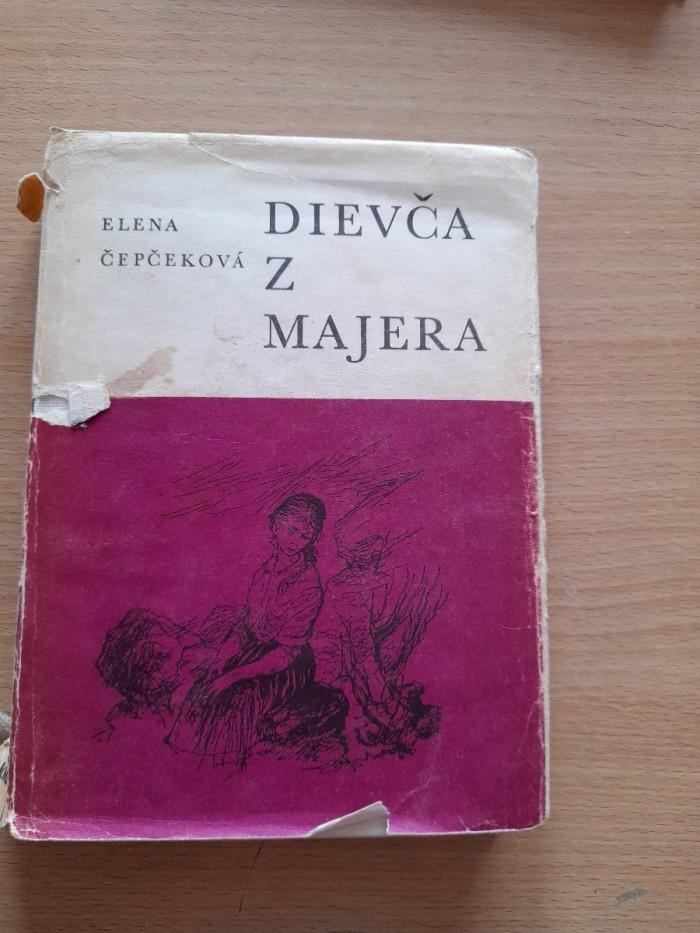 Elena Čepčeková: Dievča z majera